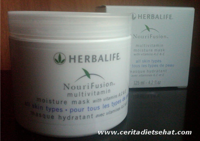 Nourifusion Multivitamin Moisture Mask